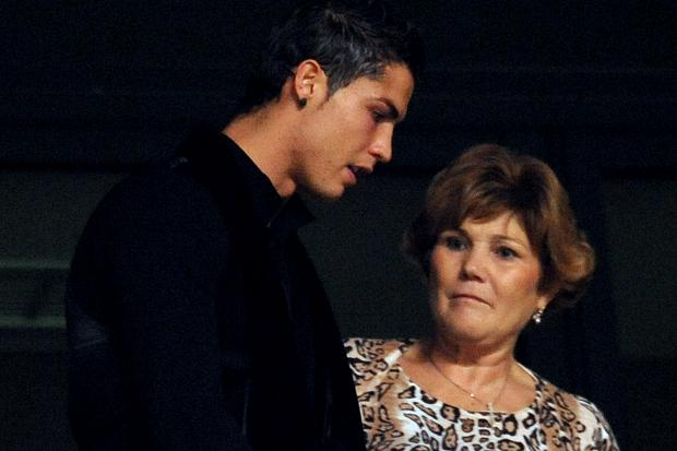 Cristiano Ronaldo mother tried to kill him 411vibes