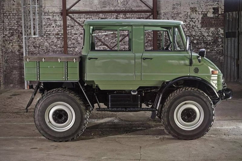 mercedes benz unimog voted best off road vehicle of the year 2017 see photos theinfong. Black Bedroom Furniture Sets. Home Design Ideas