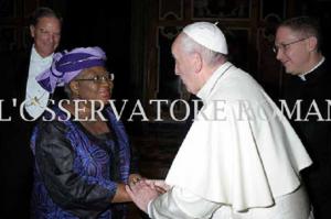 ngozi-okonjo-iweala-pictured-with-pope-francis