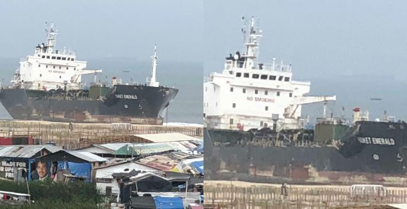 Unknown Ship Spotted At Elegushi Beach (Photos)