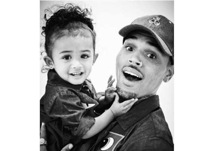 Chris Brown shares beautiful photos and video of daughter Royalty theinfong.com 700x496