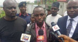 Nura Illyasu protested against Buhari by climbing telecom mast theinfong