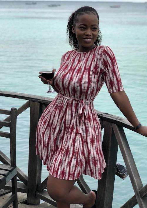 Corazon Kwamboka chilling