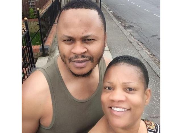 Opeyemi Aiyeola shares no make up selfie