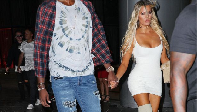 khloe-kardashian-holds-hands-with-her-new-lover