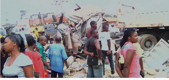 Dangote trailer crushes in Enugu, kill many people Photos  Details