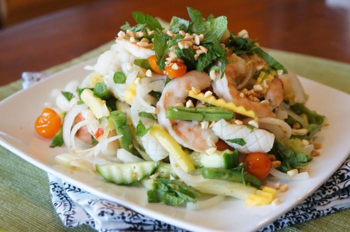 Салат морепродукты с фото
