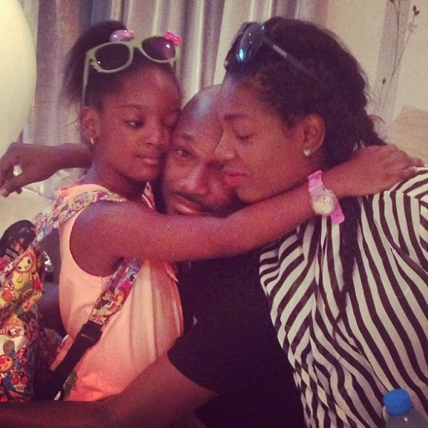 2face-Idibia-with-wife-Annie-and-daughter-Isabella-600x600