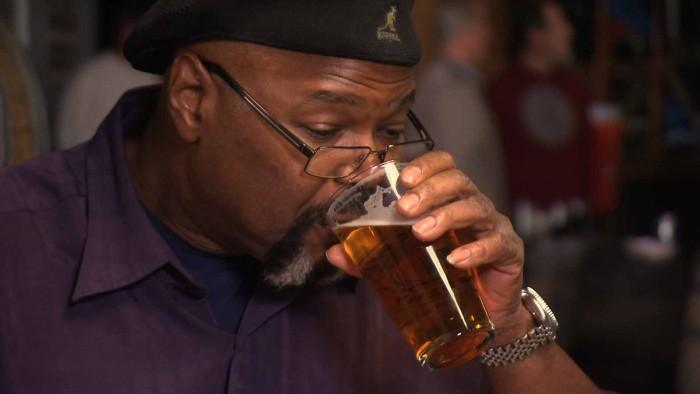 Man-Drinking-Beer