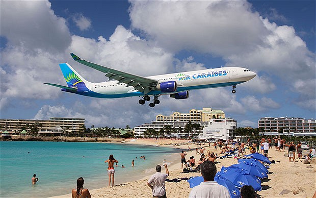 Top 10 Scariest airport landings in the world (With Pictures)